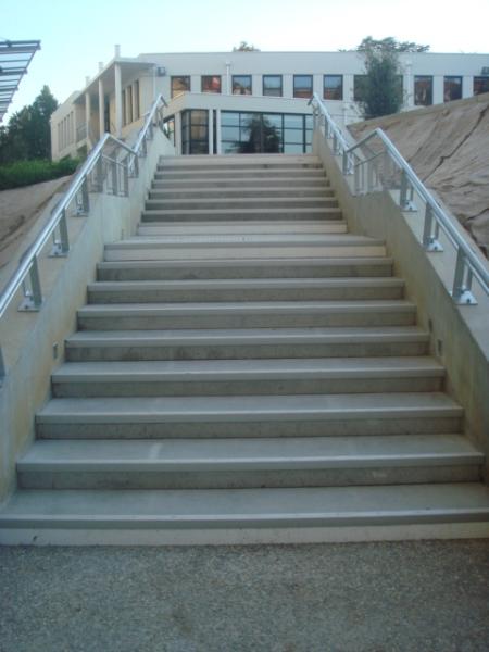 Escalier coueron nantes 44 loire atlantique for Escalier prefabrique